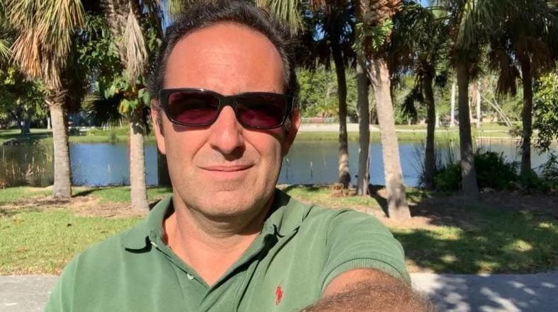 Sobre Mis Paseos Matutinos - Ignacio Isusi